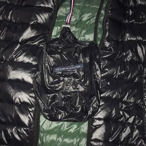Tommy Hilfiger Jackets & Coats - NWT Tommy Hilfiger packable puffer jacket
